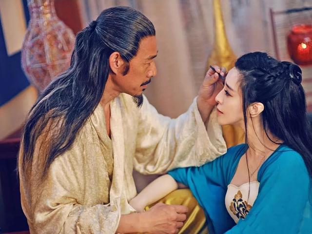 他有一場曠世的愛情,但是這位皇帝最愛的還是他自己