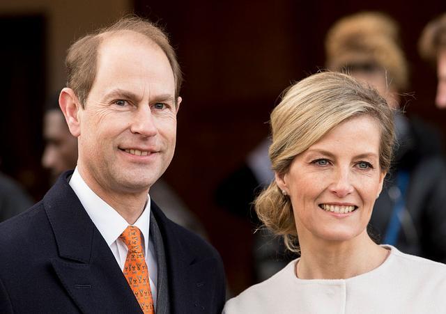 英國女王為什么想讓自己最小兒子繼承愛丁堡公爵頭銜呢?