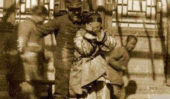 八國聯軍入侵中國之后,都干了什么?