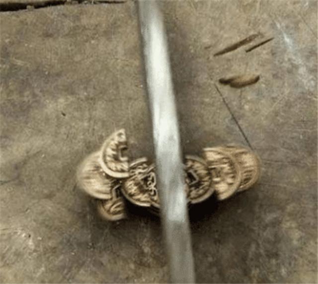 古代寶劍真的能削鐵如泥?專家告訴你:削的根本不是鐵