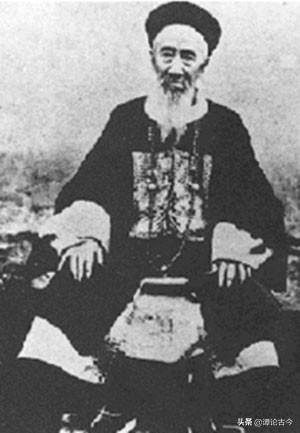 他是中國古典文學的最后一位詩人,英明一世卻教出荒唐逆子做漢奸