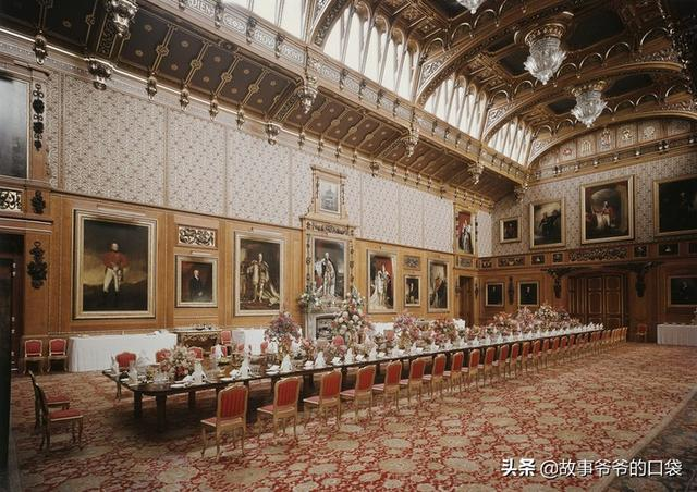 恢弘優雅的滑鐵盧廳,為國王的英雄夢而建,現為嘉德騎士餐廳