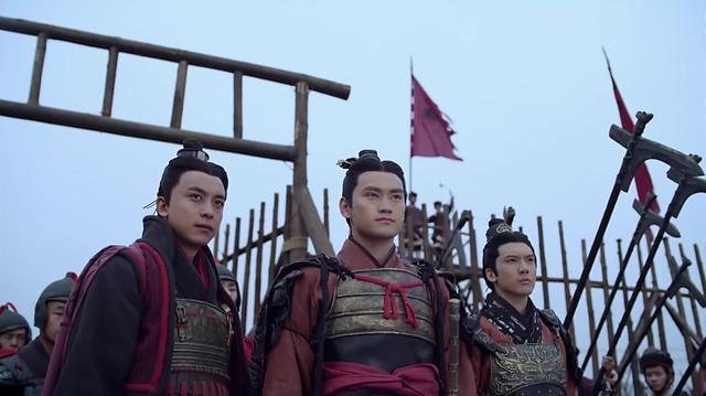 大哥因功高震主被殺,被剝奪軍權的劉秀是如何東山再起的