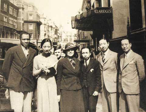 一組珍貴的京劇大師梅蘭芳的老照片